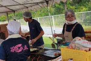 祭り厨房職員